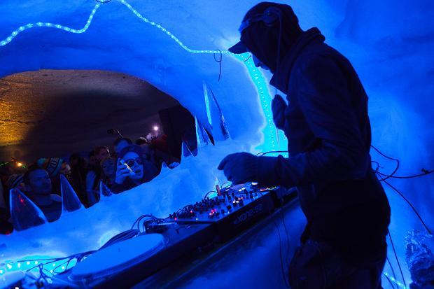 snowbombing arctic disco 02